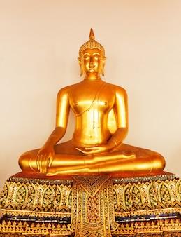 Buddha in wat po temple