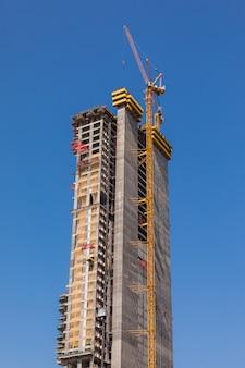 Uae의 tall dubai marina 고층 빌딩 건설 공사