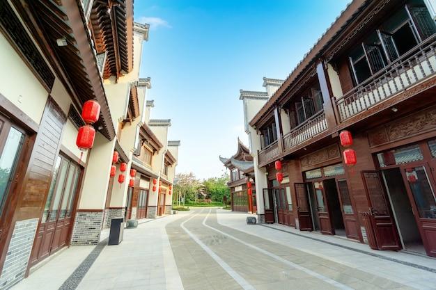 중국 하이난 섬 지역 특성을 지닌 건물과 후통.