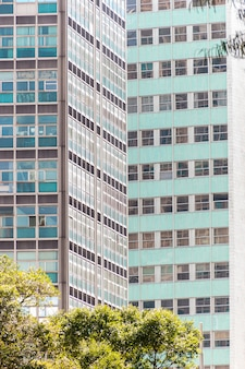 브라질 리우데자네이루 중심부에 있는 건물들.