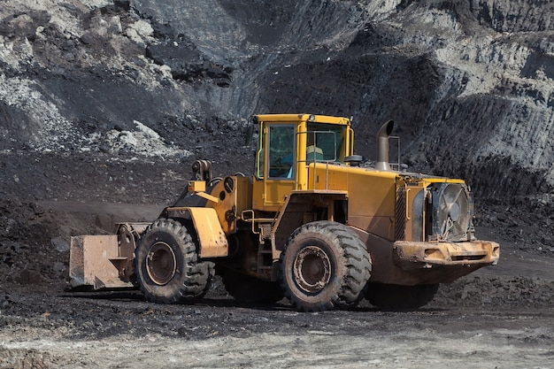 The bulldozer working in coal mines