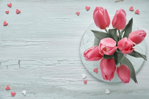 Bunch of light link tulips