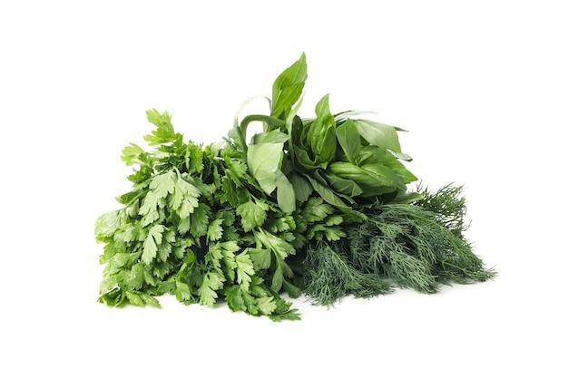 Букет свежей зелени, изолированные на белом фоне