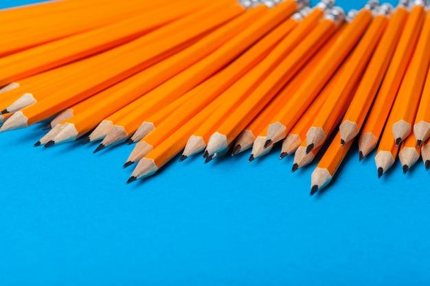 오렌지 연필의 무리
