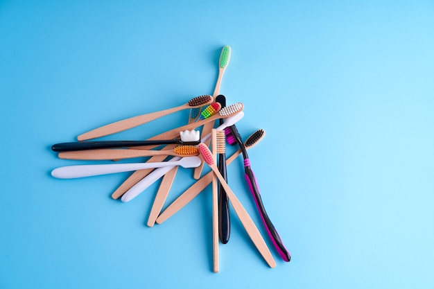 Связка зубных щеток