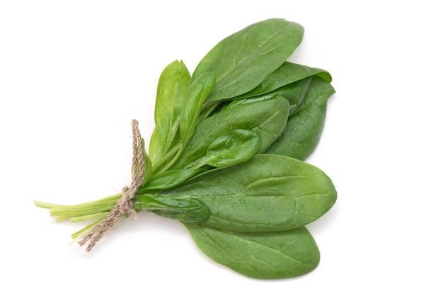 젊은, 신선한, 녹색 시금치 흰색 배경에 고립의 무리