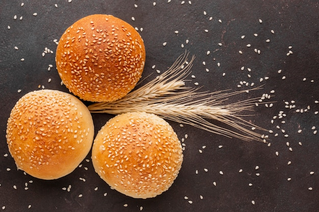 Buns of bread with wheat seeds