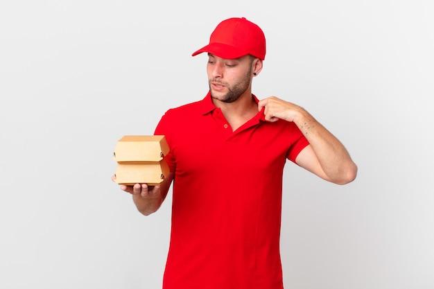 Бургер доставить мужчине, чувствуя стресс, беспокойство, усталость и разочарование