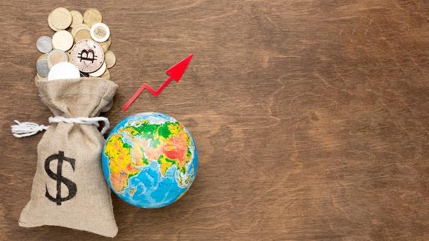 金の黄麻布の袋グローバル経済コピースペース