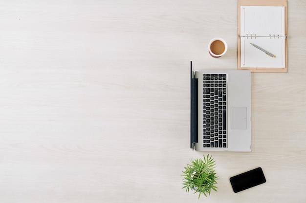 ビジネスと起業家精神の背景