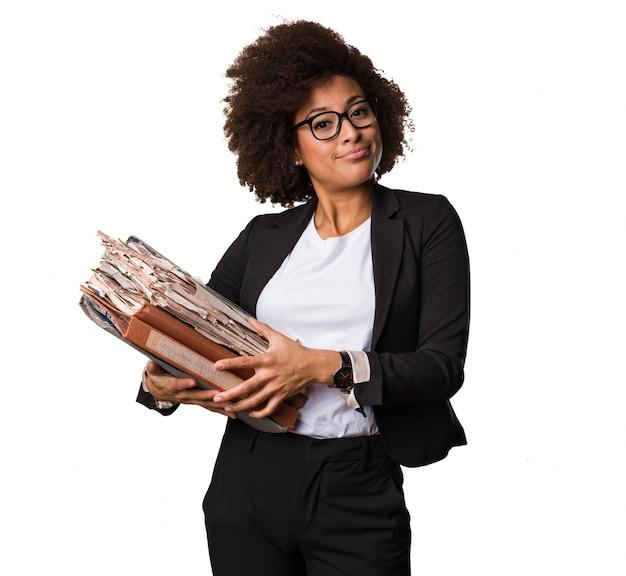 ビジネス黒人女性のファイルを保持