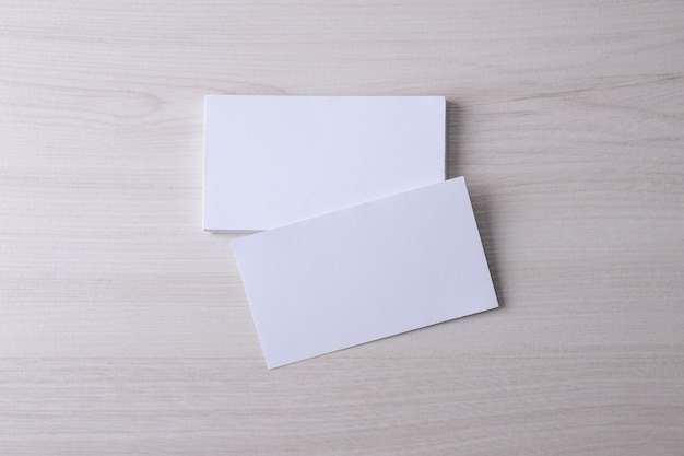 木製の名刺空白 Premium写真