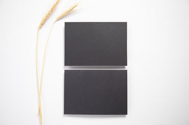 Визитные карточки с колосьями пшеницы