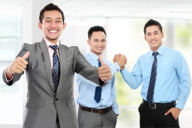 商売上の取引。チームワーク