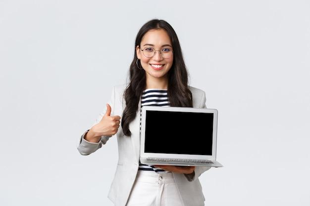 Бизнес, финансы и занятость, концепция успешных женщин-предпринимателей.