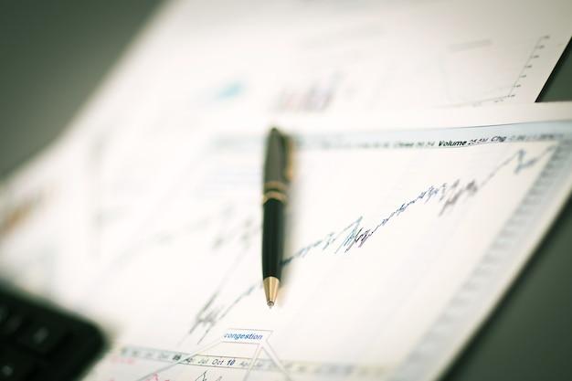 Отчет об анализе бизнес-графиков.