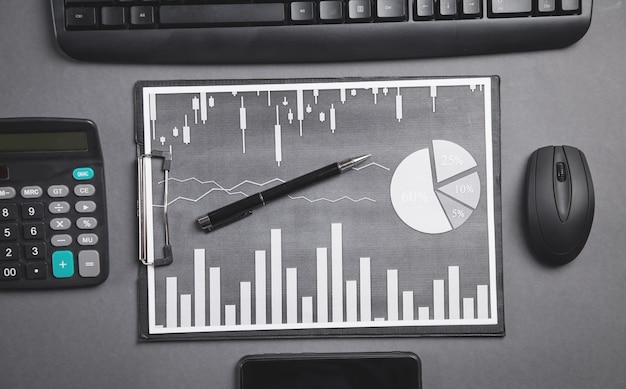 Business graphs and business objects