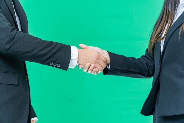 グリーン画面の背景、パートナーシップの信頼、尊重のサイン