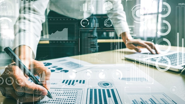 Business intelligence technology and big data analytic mixed media