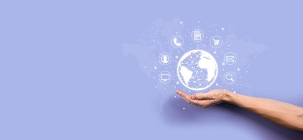 Деловой человек hiold, используйте, нажмите инфографику значок сообщества цифровых технологий. концепция высоких технологий и больших данных. глобальное соединение. интернет вещей. информационно-коммуникационная сеть икт.