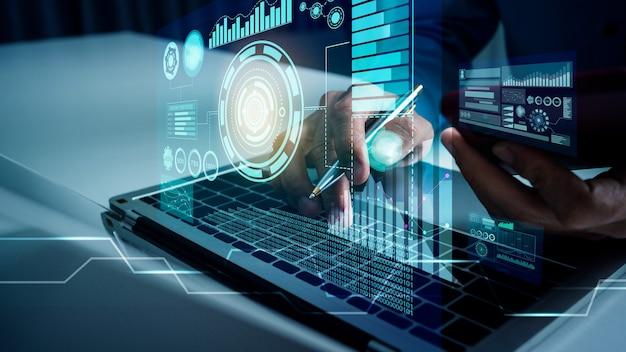 Деловой человек работает с vr финансовым искусственным интеллектом, облачными вычислениями ai и футуристическим роботом-помощником по большим данным и визуализацией цифровых данных.