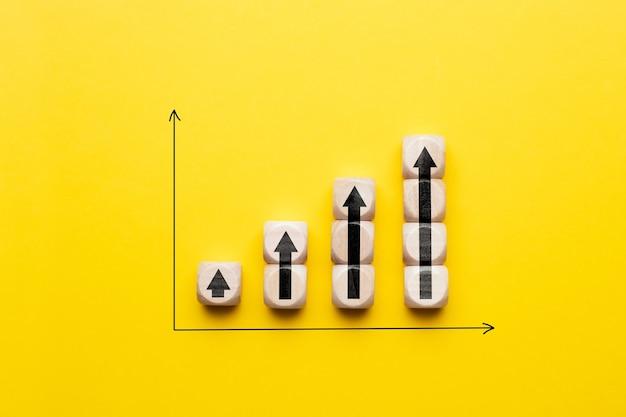 그래프에 화살표가있는 비즈니스 이익 성장 개념.