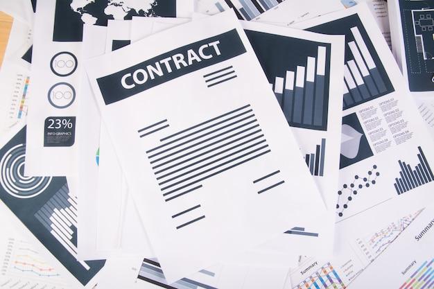 Report aziendale. grafici e grafici. concetto di business.