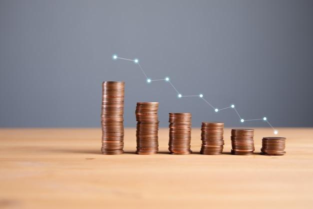 비즈니스 성공 개념, 동전 차트 및 위쪽 화살표