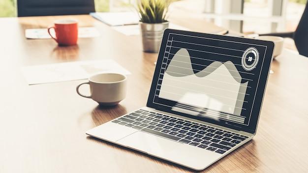 Технология визуального анализа бизнес-данных от creative computer software