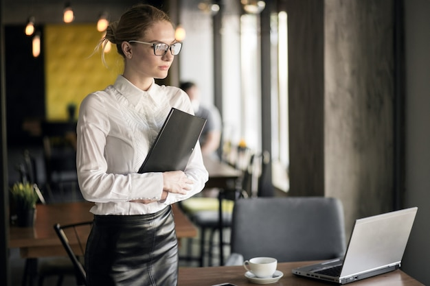 Business woman working Free Photo