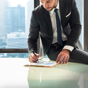 Businessman enterpreneur motivation objective concept