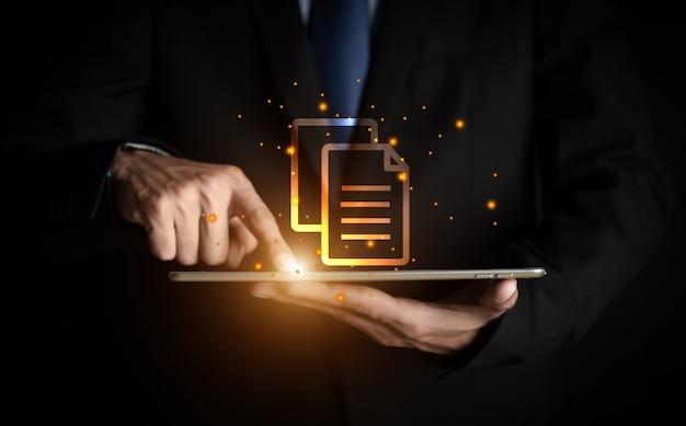 사업가 손 터치 문서 관리 데이터 시스템, 문서 관리 개념,