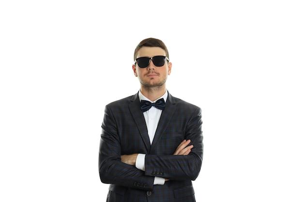 Бизнесмен в солнечных очках, изолированных на белом фоне.