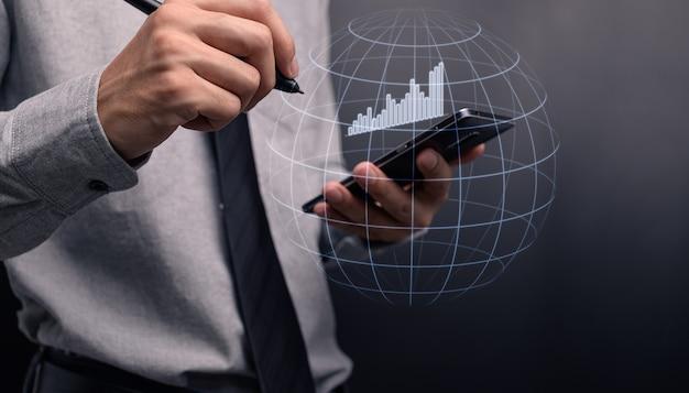 주식에 투자하는 사업가 디스플레이 홀로그램 그래프 비즈니스 성장 그림