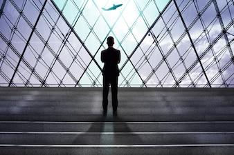 ビジネスマン、飛行機、搭乗、空港、出発、ゲート
