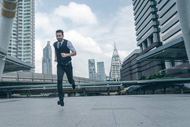 都市で実行する実業家