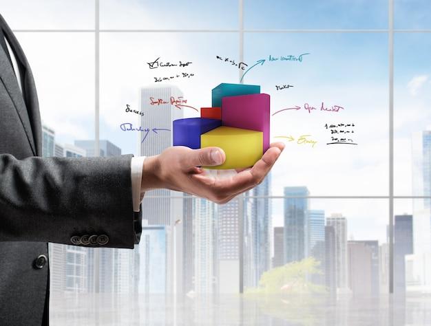 Бизнесмен показывает статистику