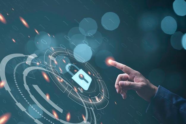 사업가 개인 액세스 보안 시스템, 사이버 정보 데이터 및 개인 정보 보호 개념에 대한 열쇠 구멍 아이콘으로 자물쇠를 만지고 있습니다.