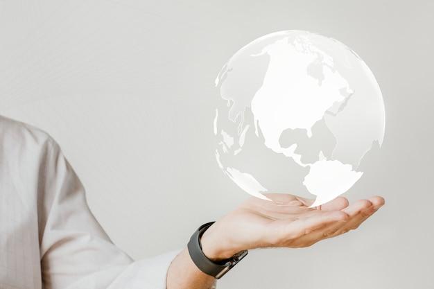 그의 손에있는 디지털 세계와 실업가