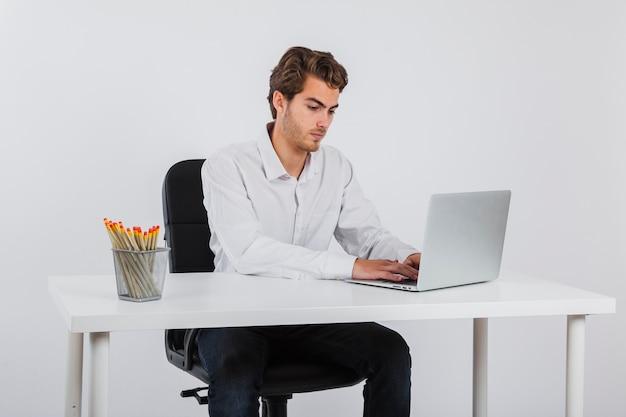 Businessman workin at his desk