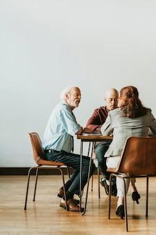 Businesspeople brainstorming in a meeting Premium Photo