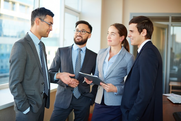 Businesspeople exchanging ideas