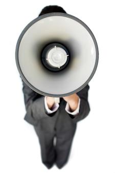 Предприниматель дает инструкции с мегафоном
