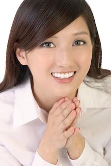 Предприниматель молиться и улыбаться.