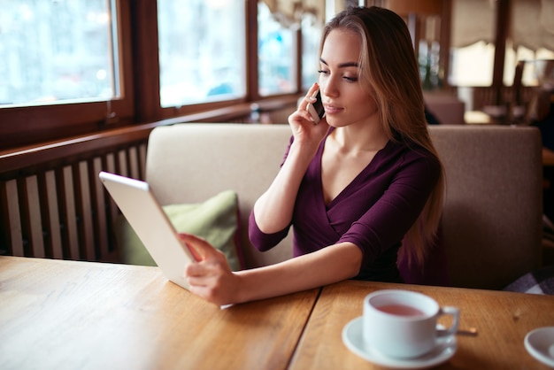 Businesswoman work in cafe