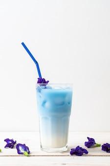 Бабочка гороховый сок с молоком
