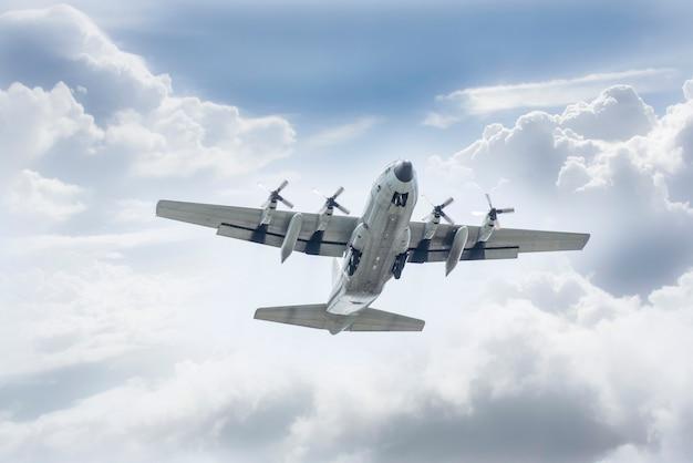 C-130タイ空軍