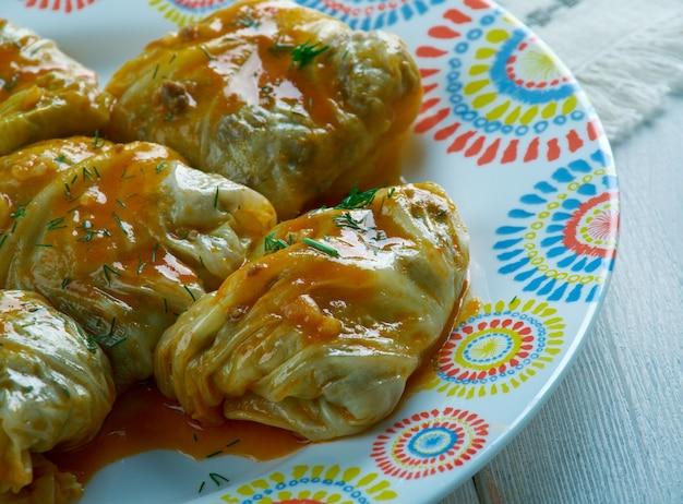 Капуста толма по-грузински - овощные фаршированные блюда.