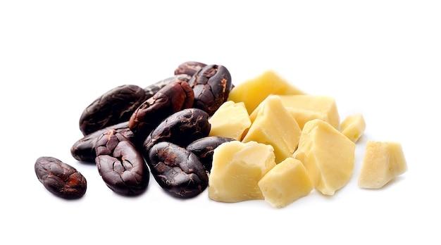 Какао-бобы и масло какао-масла.