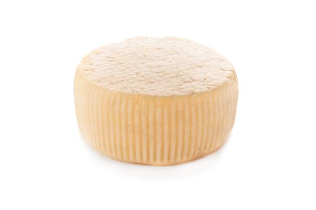 카시오타 치즈. 외딴. 흰색 배경에. 확대.